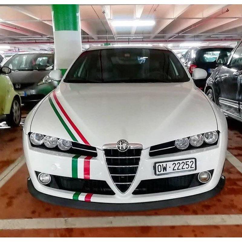 Състезателна лента с цветовете италианското знаме