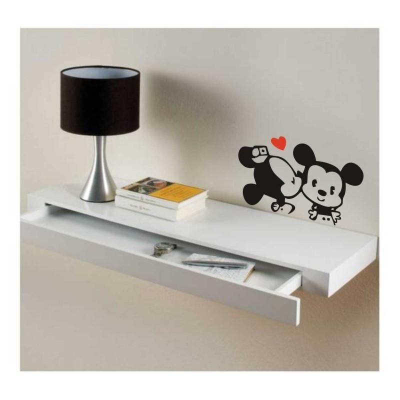 Стикер за стена / Детска стая / Стикер за бюро или хладилник Мишлета целувка